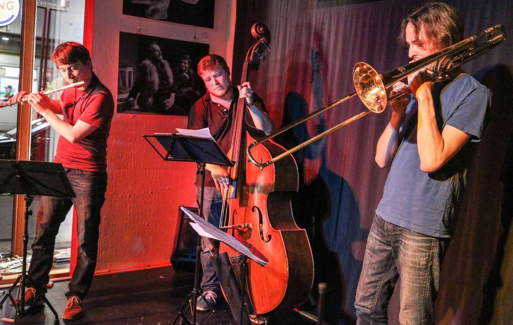 JAZZ Stgt T. SCHAAL Trio Mai17