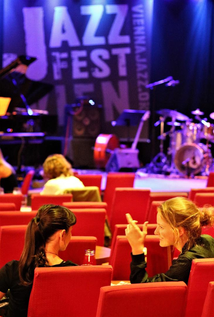JAZZ Wien Frauen Jul17 +8Fotos