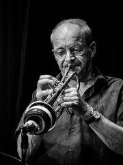Jazzisfaction, Horst Schroers
