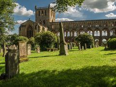 Jedburgh Abbey & Cemetary
