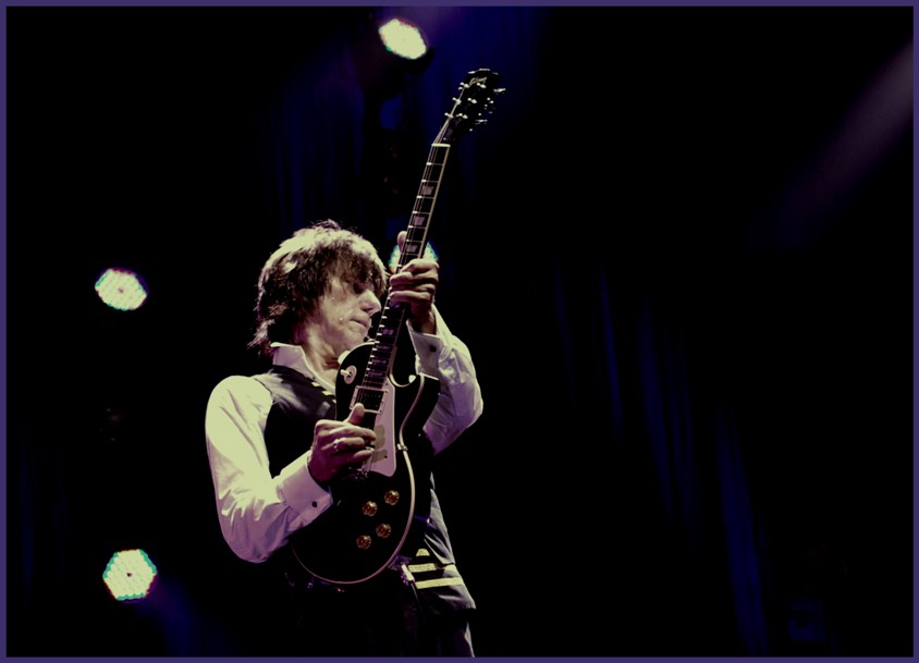 Jeff Beck is celebrating Les Paul