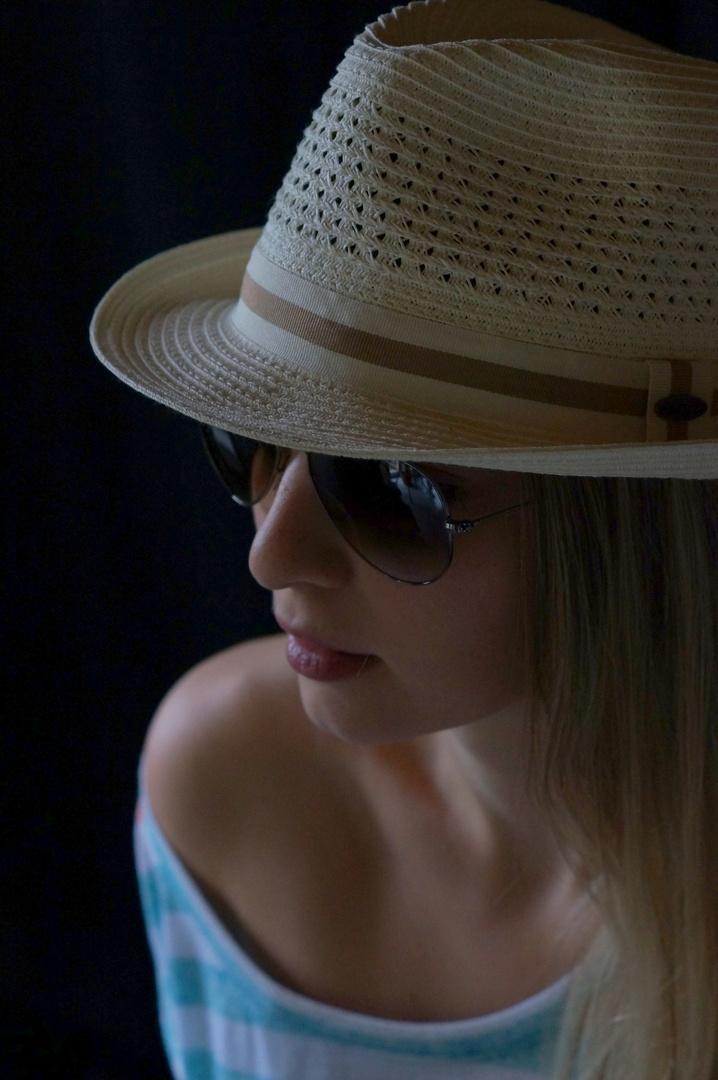 Jenny - mit Hut
