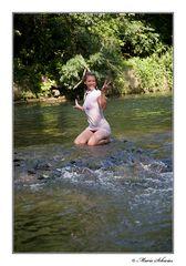 Jessi in Wasser