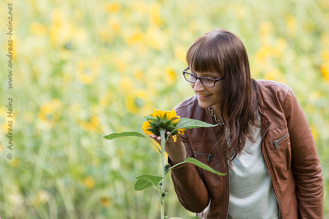 Jessica und die Sonnenblume