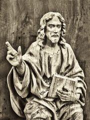 Jesus-Holzschnitzerei