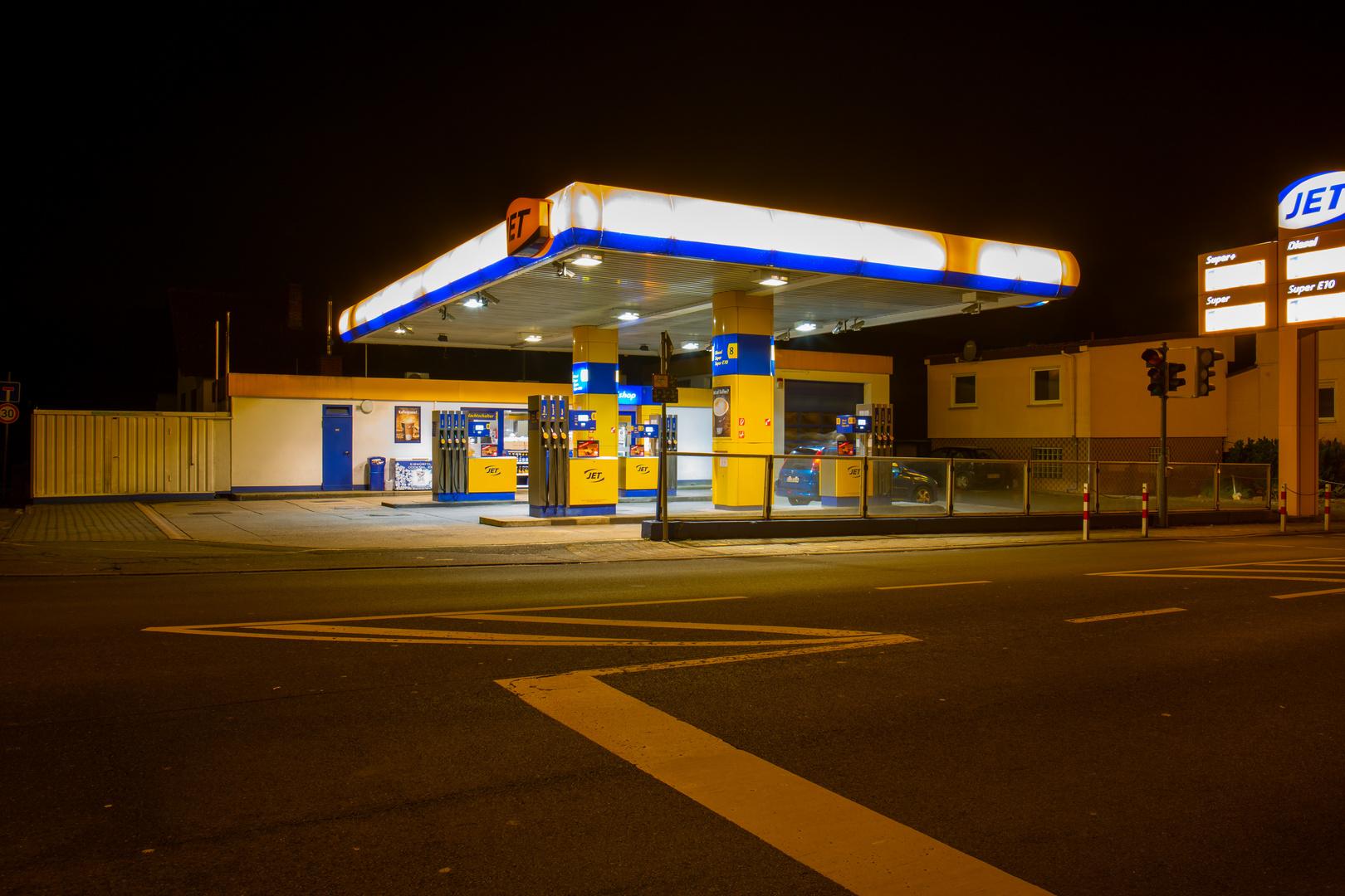 JET Tankstelle Höchst im ODW