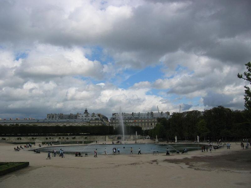 Jets d'eau aux Tuileries