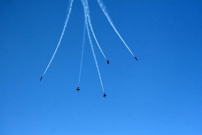 jets in the sky