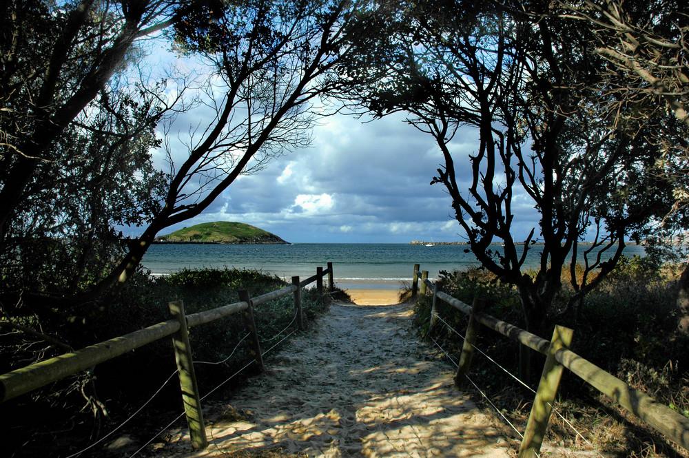 Jetty Beach Walk