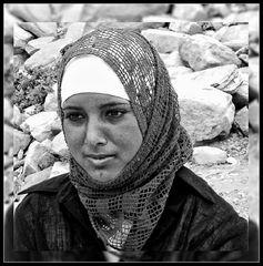 jeune femme à PETRA