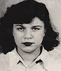 Jeune femme des années 1950