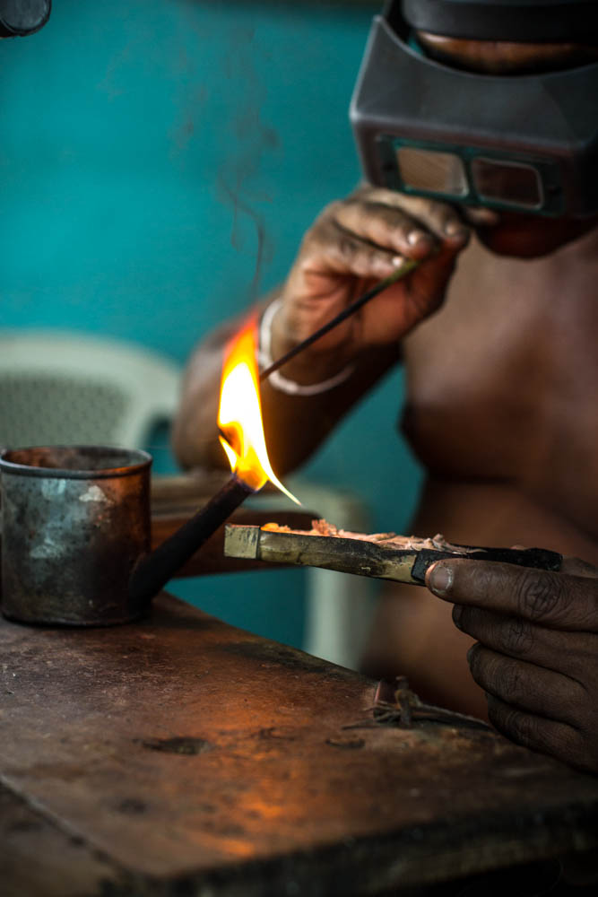jewelry worker sri lanka