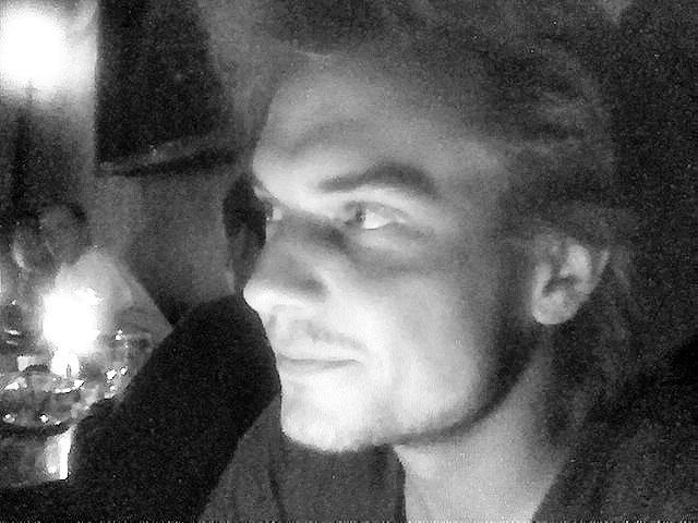 joey by night