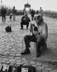 John Awakening und Der Reisefotograf