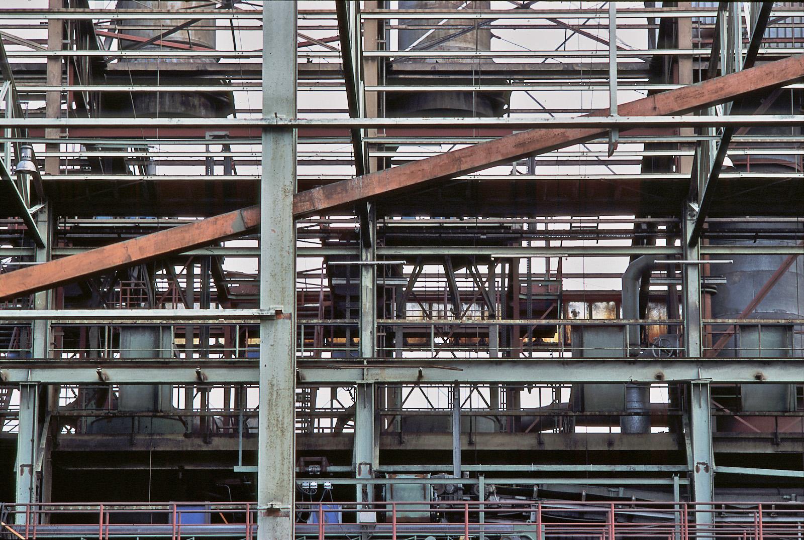 John Deere Mannheim Montagehallen im Abbau, um 2000