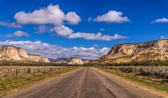 Johnson Canyon Road, Kanab, Utah, USA
