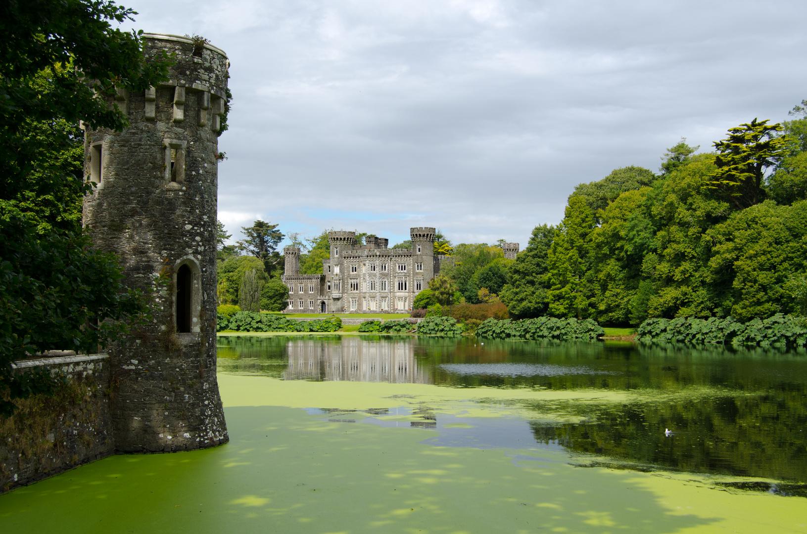 ... Johnstown Castle V ...