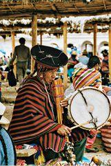 joueur de flûte et tambour