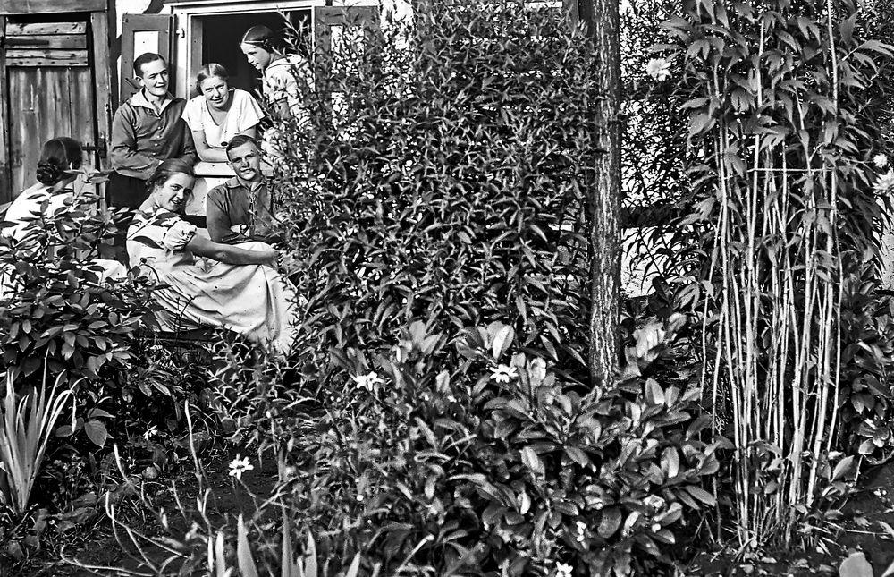 Jugend in Solingen im Jahre 1924.       ..120_2730