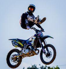 Jump so high V