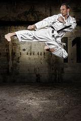 ...:::Jumping SideKick:::...