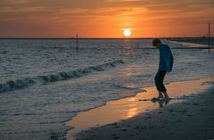Junge am Strand 1
