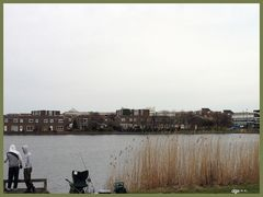 Junge Angler in Newcastle upon Tyne, England