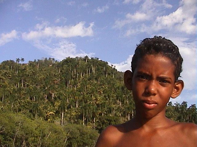 Junge auf Kuba