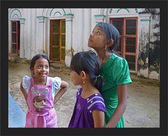 Junge Besucherinnen
