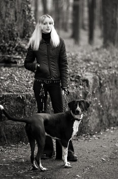 junge frau mit hund Foto & Bild | portrait, portrait