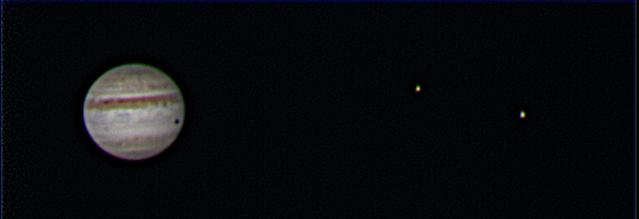 Jupiter und zwei Freunde und der Schatten eines dritten