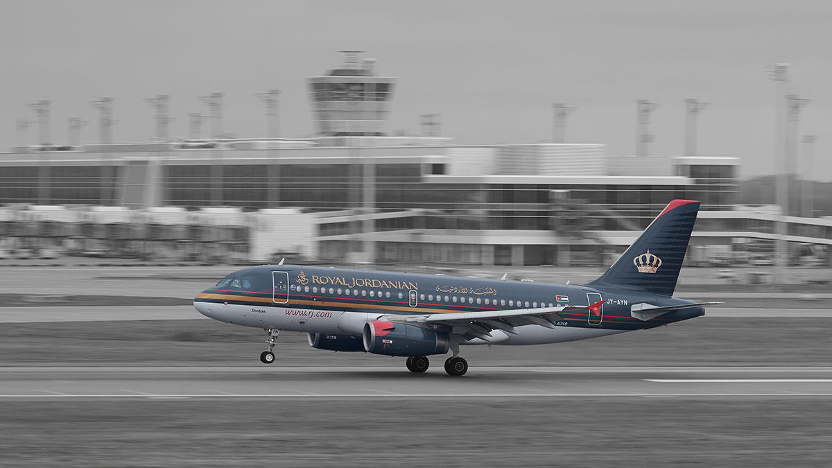 JY-AYN - Royal Jordanian - Airbus A319