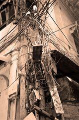 Kabelsalat in Varanasi