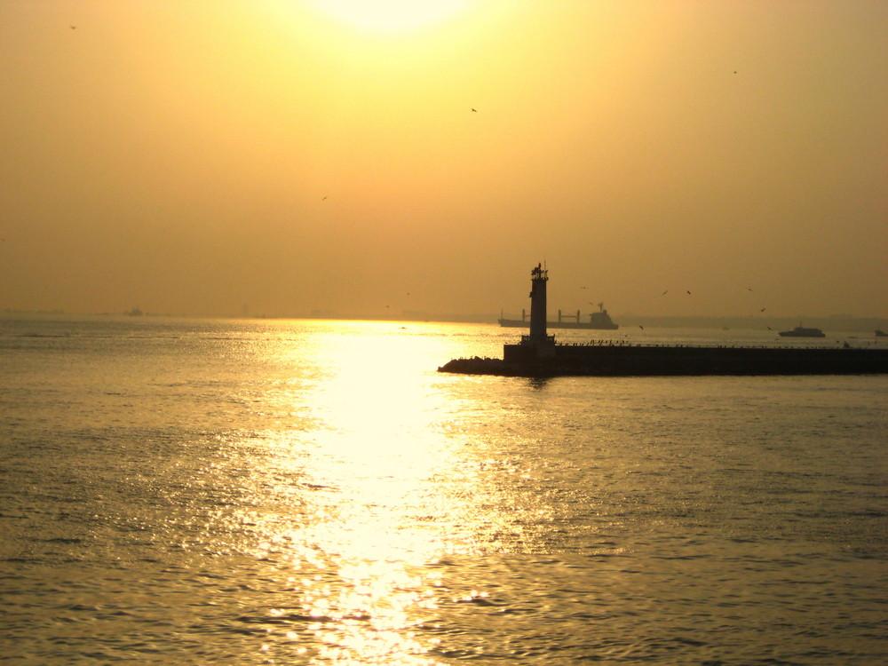Kadikoy iskelesi - Port of Kadikoy