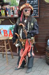 Käpt´n Jack als Pirat zur Hanse Sail 2013