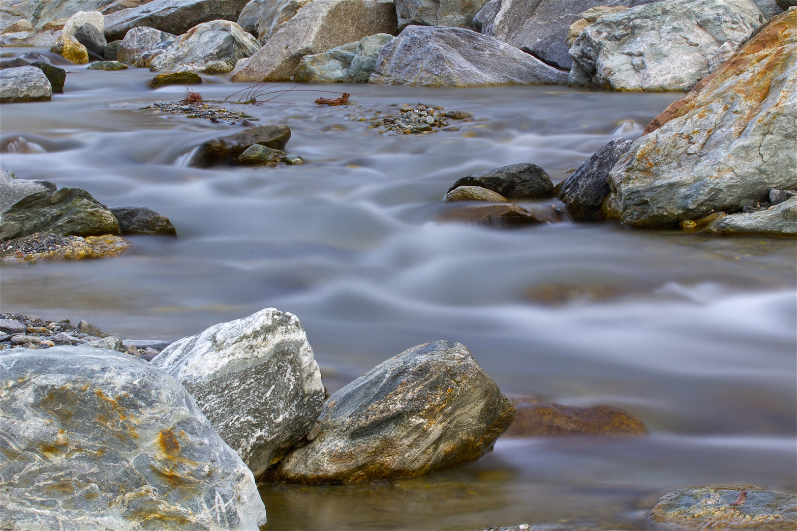 Kärstelenbach , vor der Wasserfassung , Bristen