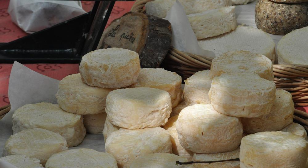 Käsestand - Markt in Bayeux