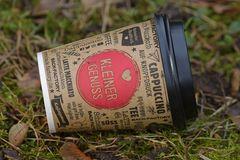 """Kaffeebecher: """"Kleiner Genuss"""" – aber nur für den Konsumenten"""