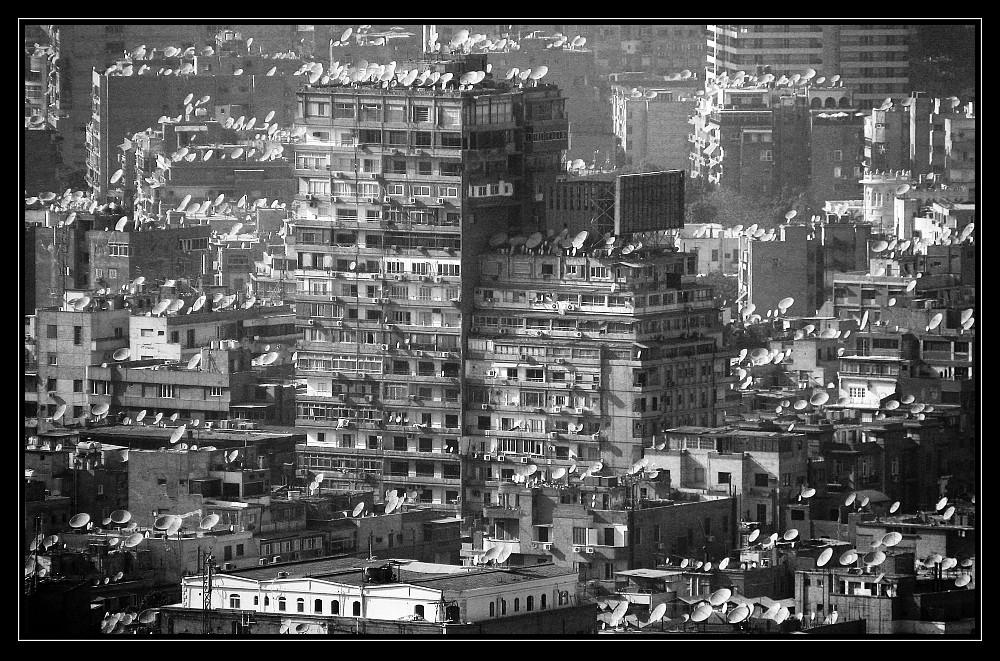 """Kairo, eine """"Satellitenstadt"""""""