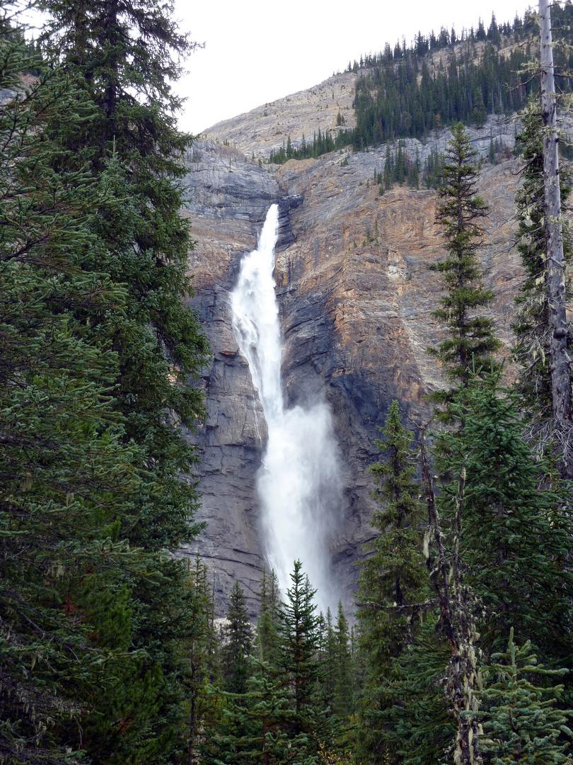 Kakakkava Falls.