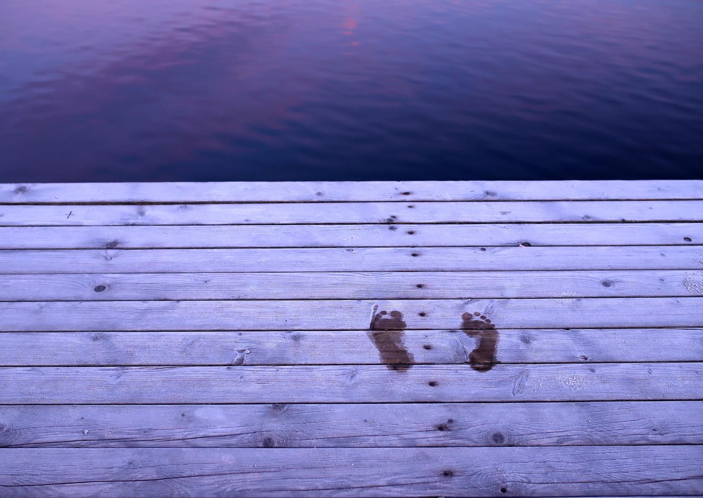 Kalte Füße bekommen Foto & Bild   abstraktes, outdoor