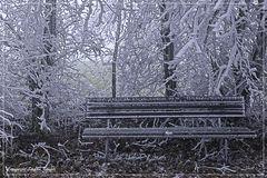 Kalte Sitzgelegenheit