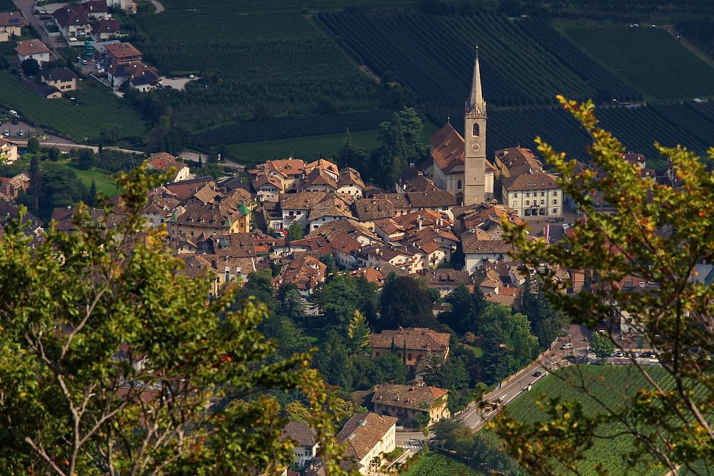 Kaltern Dorf ...