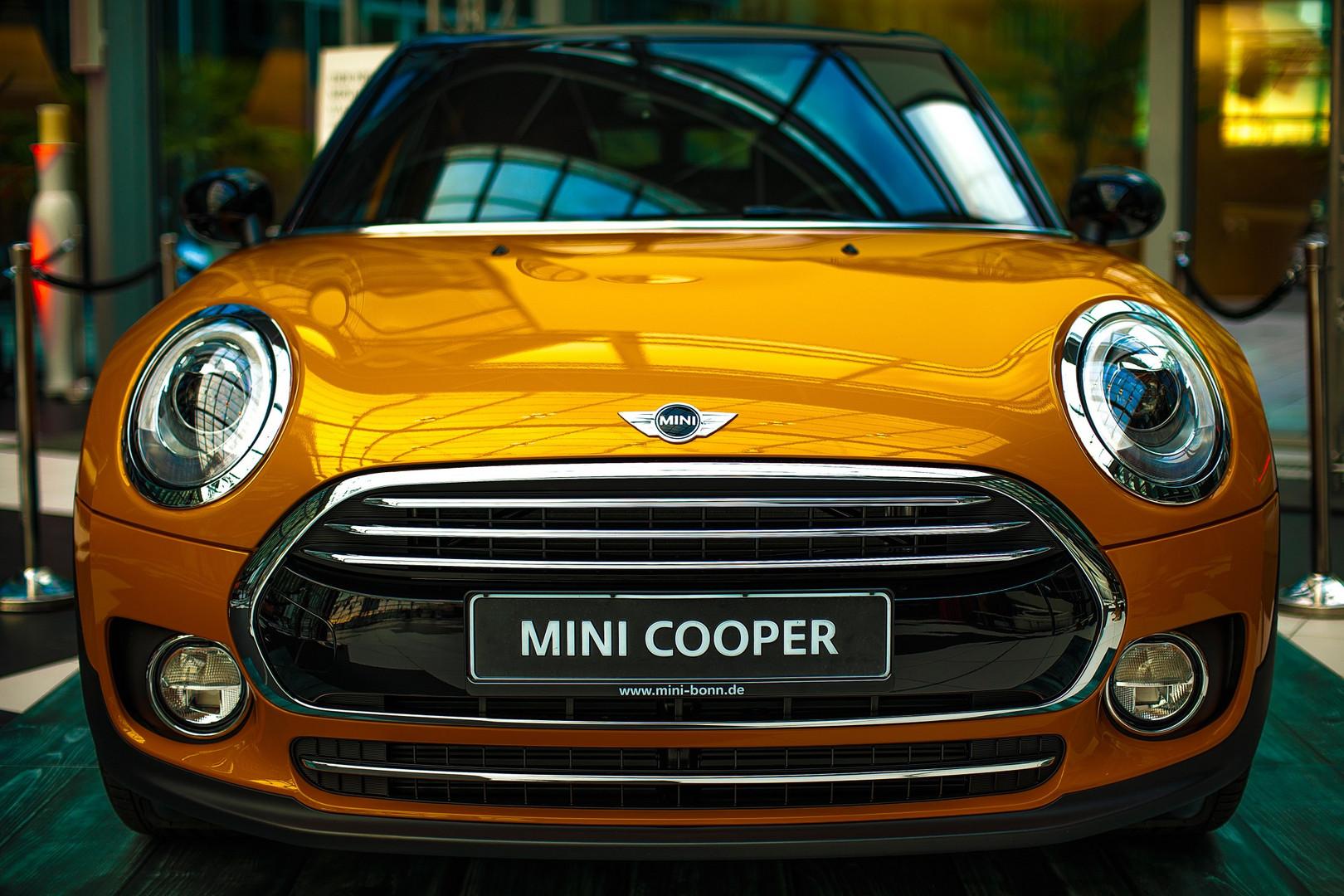 Kameha Grand Bonn in Mini Cooper