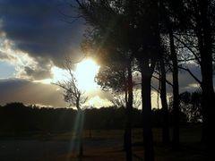 Kampf der Sonne gegen die Wolken