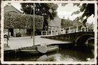 Kanal mit Segelschiff im Zuiderzzeemuseum
