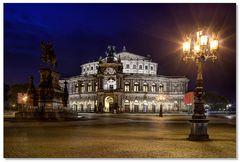 Kandelaber & Theaterplatz