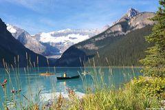 Kanuten auf dem Lake Louise