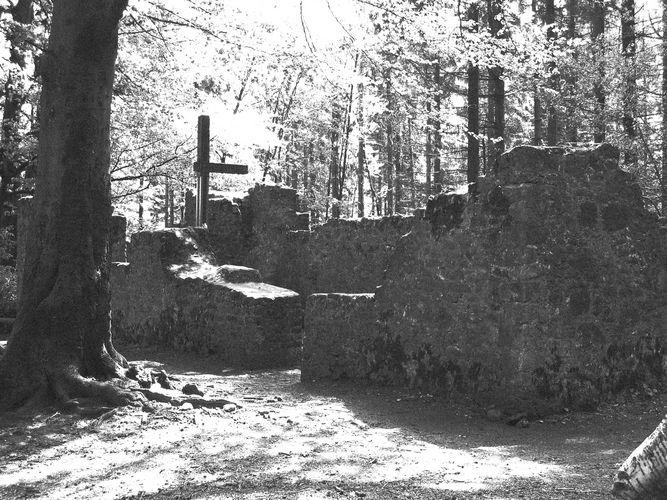 Kapelle im Wald