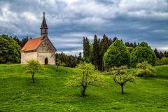 Kapelle Oberbayern im Frühling